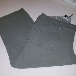 Army green Old Navy Capris